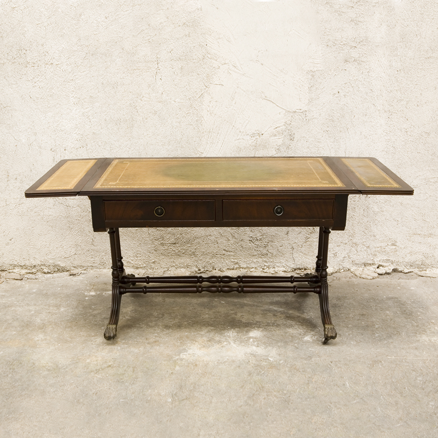 Low leather table style louis philippe sold glossary depot for Table ronde louis philippe
